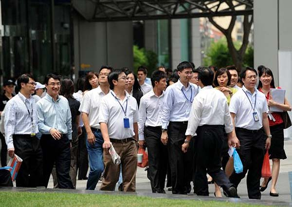 singapore.foreign.workers100716afp600