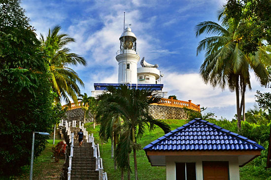 cape-rachado-lighthouse-tanjung-tuan