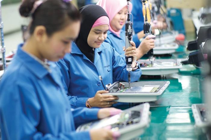 Far-East--Final-assembly-OSI-Electronics--WEB-1500px_700_466_c1