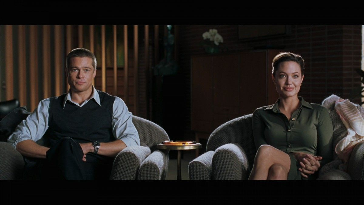 mr-mrs-smith-opening-scene